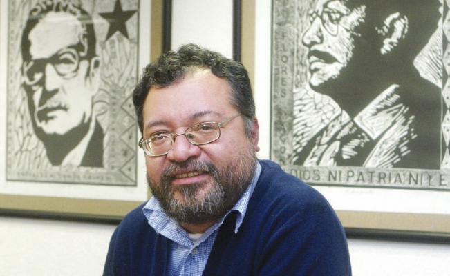 Fluvio Ruiz analiza los factores externos que influyen en la política energética mexicana