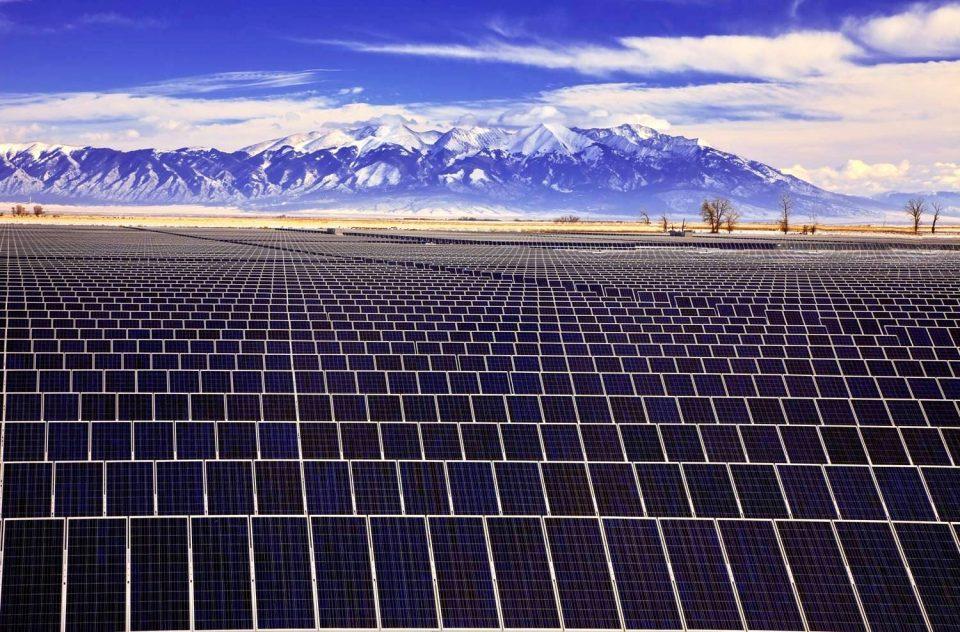 ONU estimó que la inversión global en energías renovables, como eólica, termosolar y fotovoltaica, se triplicará para el final de esta década.