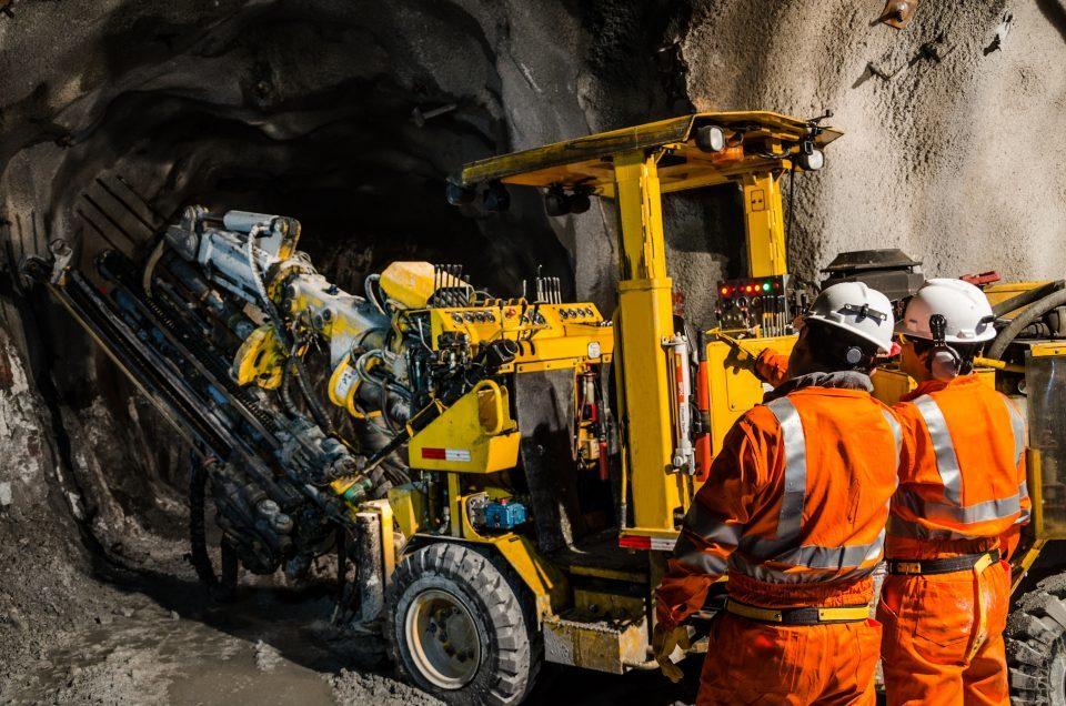 AMLO reitera apoyo a Minería, pero sin daño ambiental