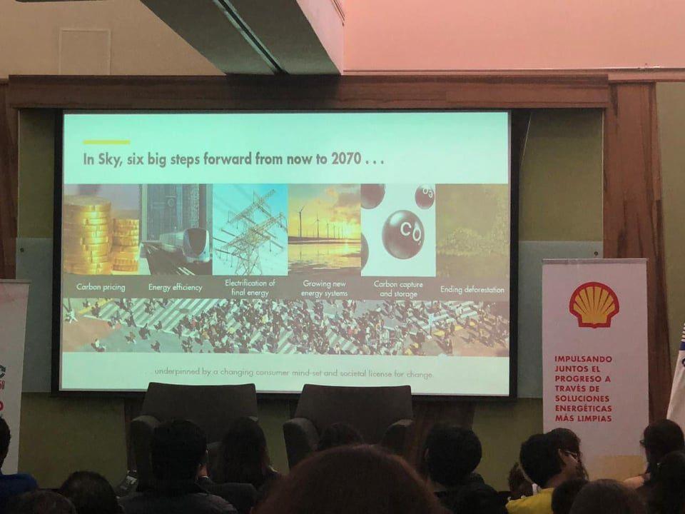 El asesor principal de cambio climático en Shell presentó escenarios que contribuirían a impulsar un mundo más limpio con soluciones energéticas más limpias