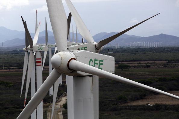 Moody's reafirma calificación de CFE