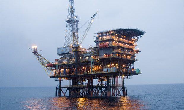 Pizarras negativas para el petróleo; Mezcla baja 3.83% a 21.05 dólares
