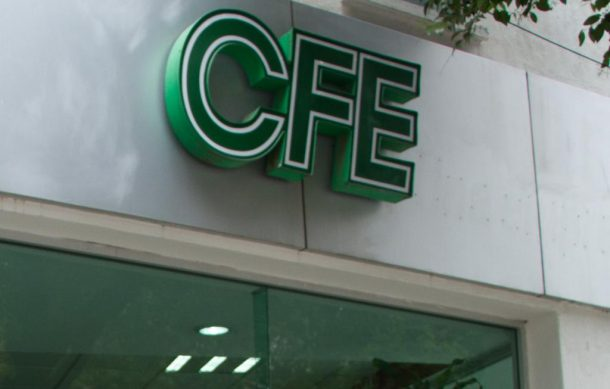 Fitch ratifica calificación de CFE, con perspectiva estable