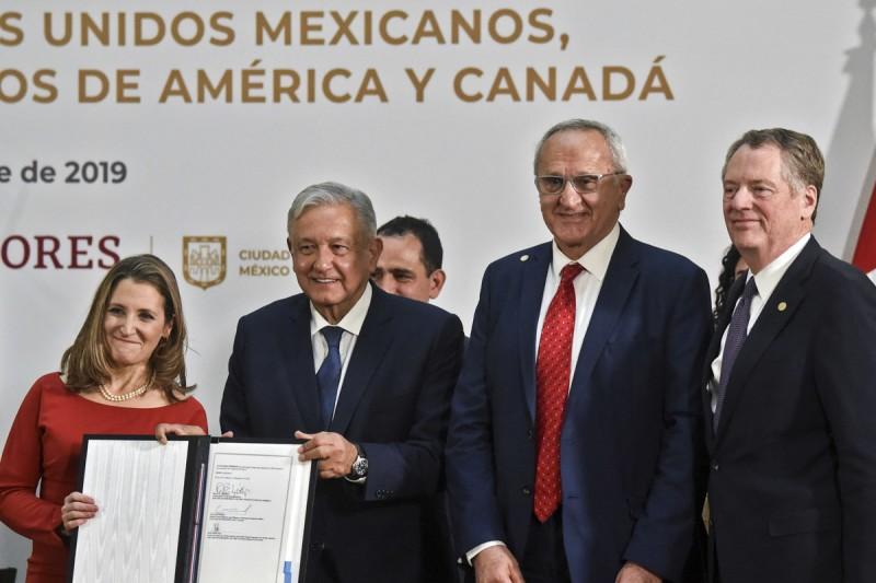 México, EU y Canadá firman cambio de T-MEC