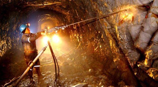 Minería se defiende como actividad esencial en México