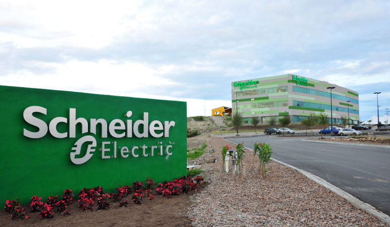 Schneider Electric- Daniel Cruz