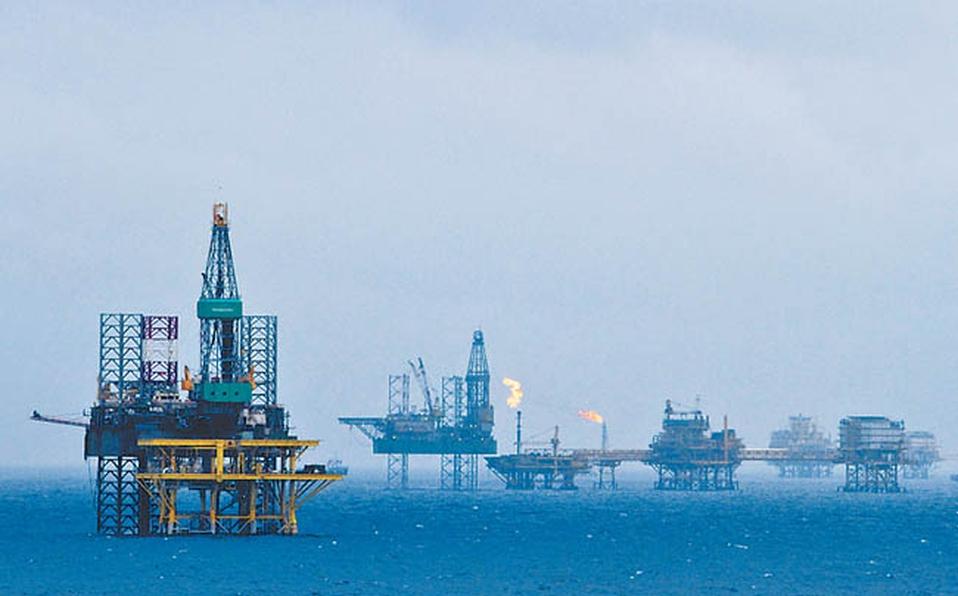 Industria petrolera registrará perdidas de 1.8 trillones de dólares