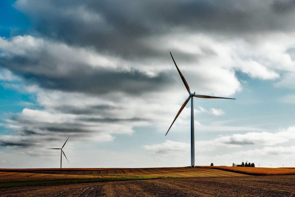 Enel recurre a energías alternativas para reducir el uso de carbón