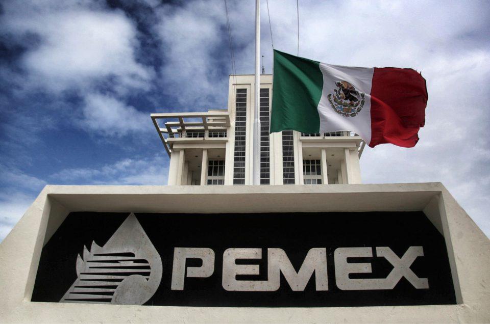 Pemex reporta 488 decesos por Covid-19