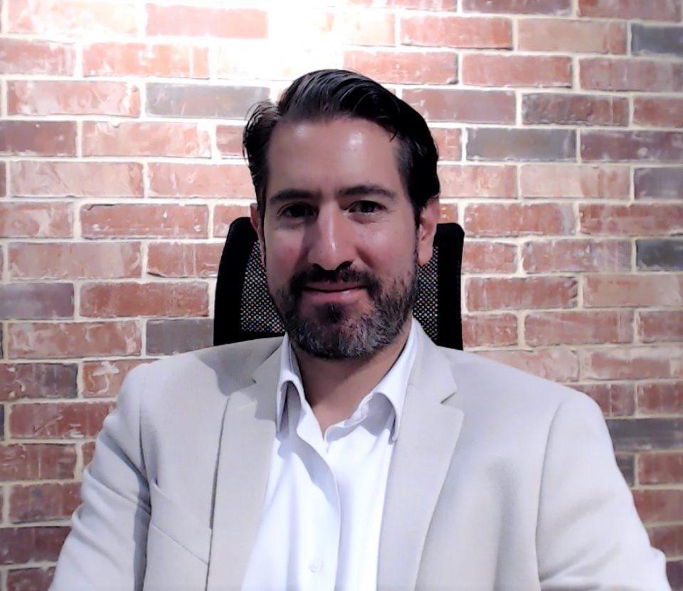 Leonardo Velasco, Debate energético