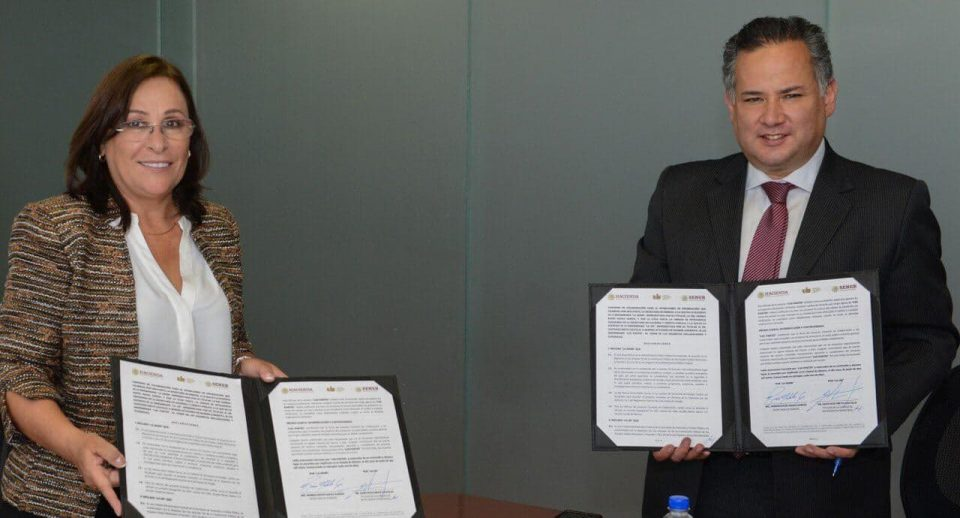 Sener y UIF firma acuerdo contra lavado de dinero