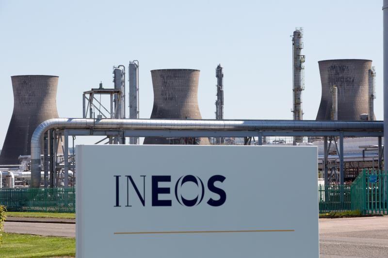 BP acuerda venta de planta de petroquímicos a INEOS por 5,000 mdd
