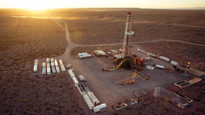 Shell reducirá proyectos de fracking