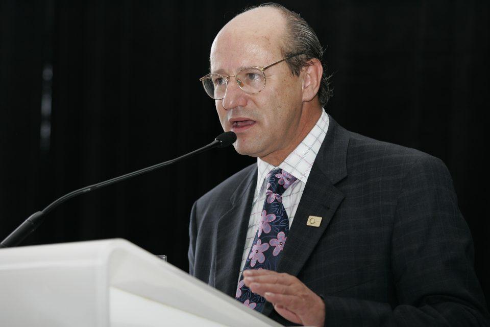 El Ing. Constantine Galanis resaltó la comunicación e independencia como mecanismos para enfrentar los desafíos