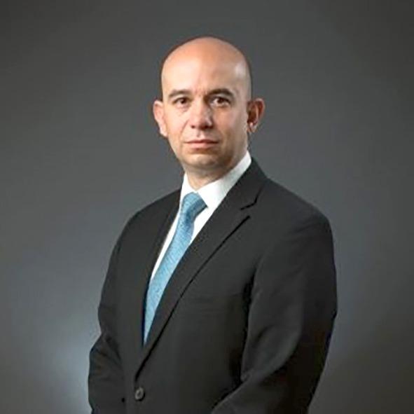 Entrevista con Sergio Suárez, Director de Strategy Advisors, quien expone las medidas que el sector energético debe adoptar para enfrentar la crisis