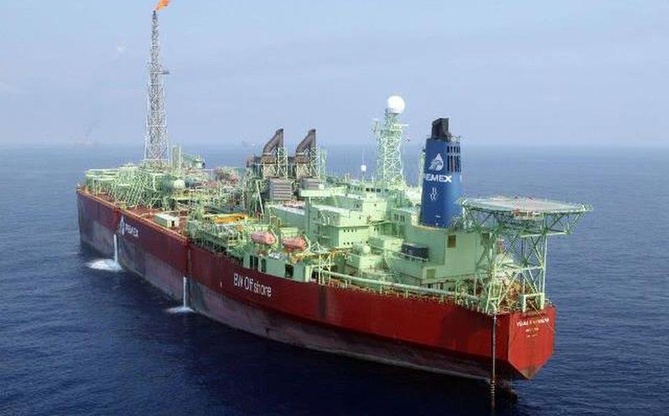 """Choca el buque """"Señor del Mar"""" de Pemex"""