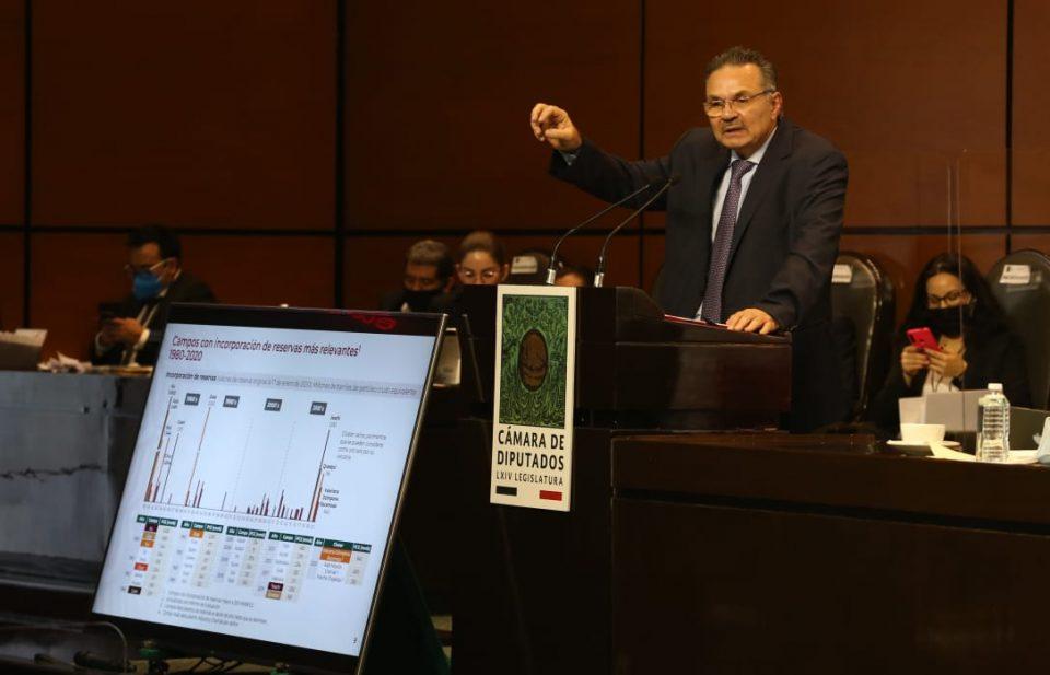 Pemex genera ingresos, no gastos: Romero Oropeza