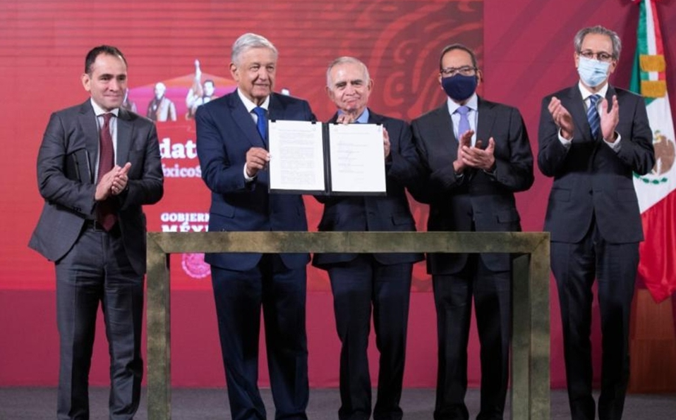 Gobierno e IP firman Plan de Infraestructura de 39 proyectos