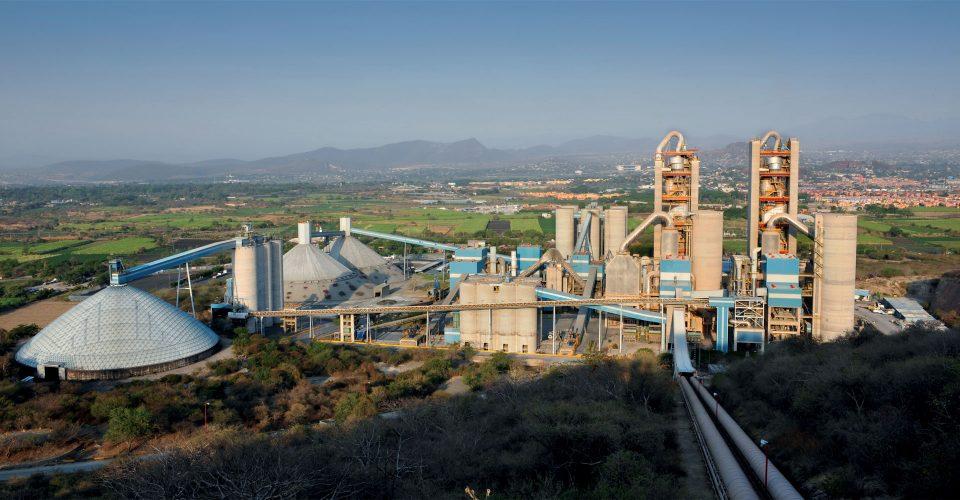 Cementos Moctezuma invierte 10 mdd en parque fotovoltaico