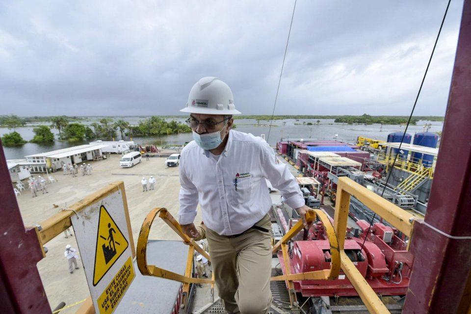Inundaciones en Tabasco afectan producción de Pemex: Oropeza