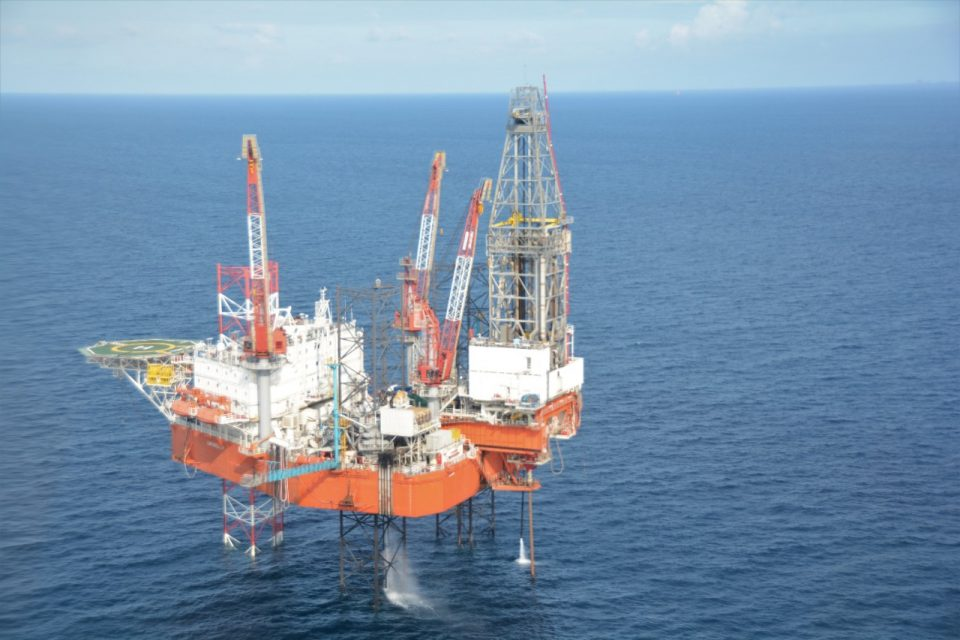 Fantasma de Covid-19 regresa a los mercados petróleos