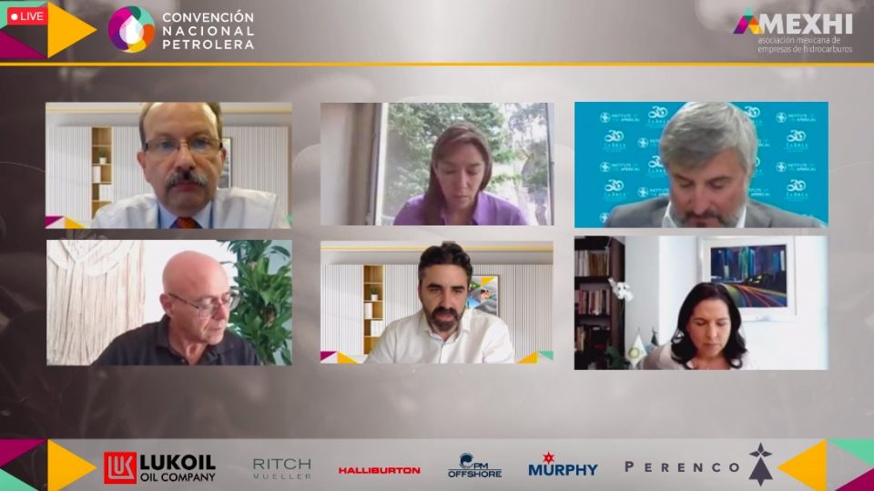Segundo panel de conferencistas