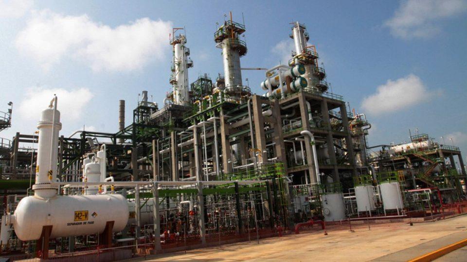 Reanuda operaciones refinería de Minatitlán