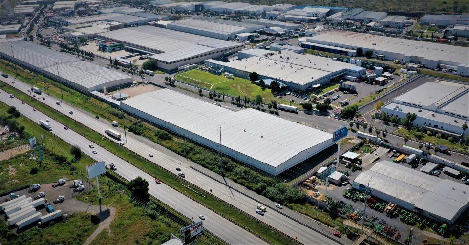 Detenidos 8 de 10 proyectos de parques industriales por la CFE