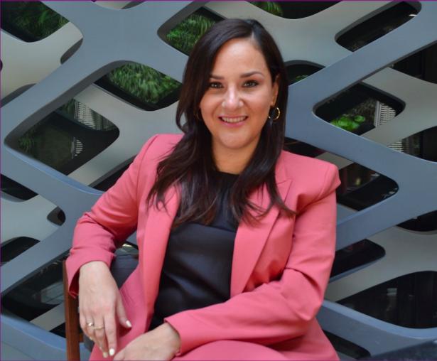 Mujeres en el sector energético necesitan ser escuchadas. Retrato de María José Flores Hernández